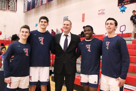 Foran Basketball Seniors pose with head coach, Ian Kirkpatrick. Photo courtesy of Corina Massey.